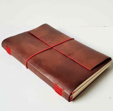Carnet-voyage-cuir-marron-rouge