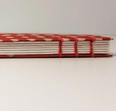 carnet-dessin-reliure-copte-papier-pois-rouge